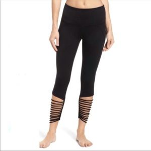 Zella High Waisted Loop Ankle Leggings XS NWT